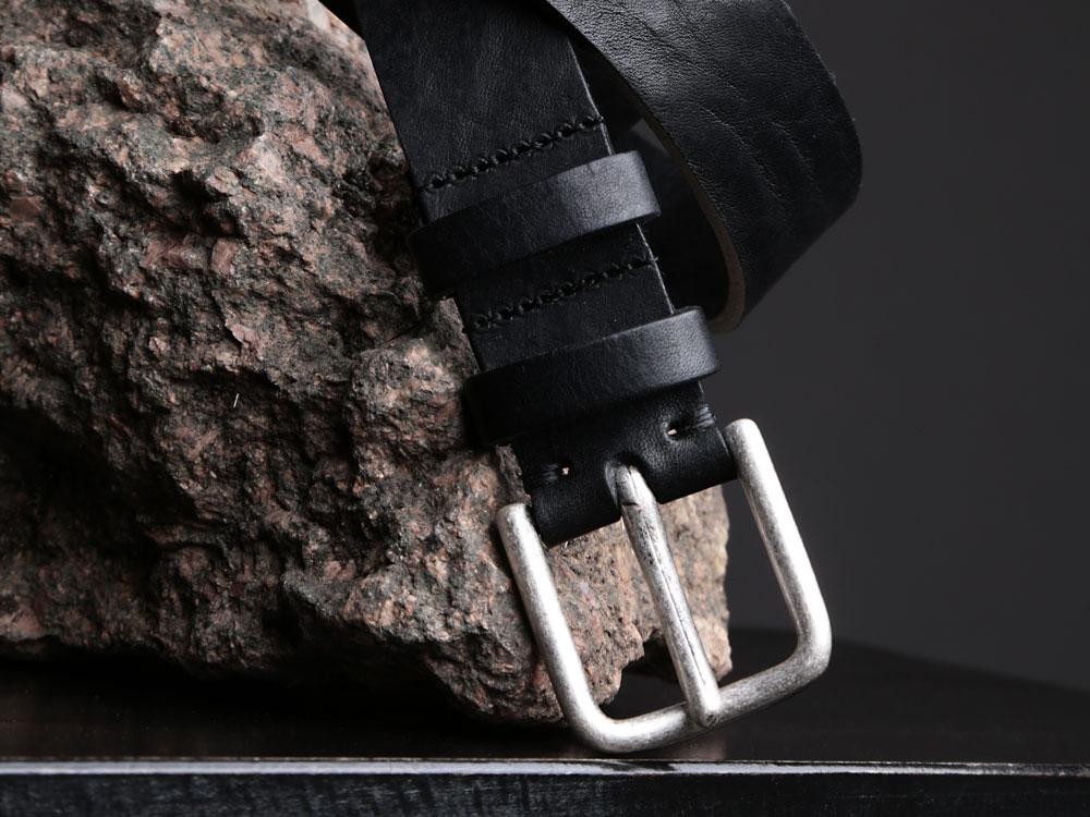 Faulhaber Products BIL belt in black vegetal tanned leather
