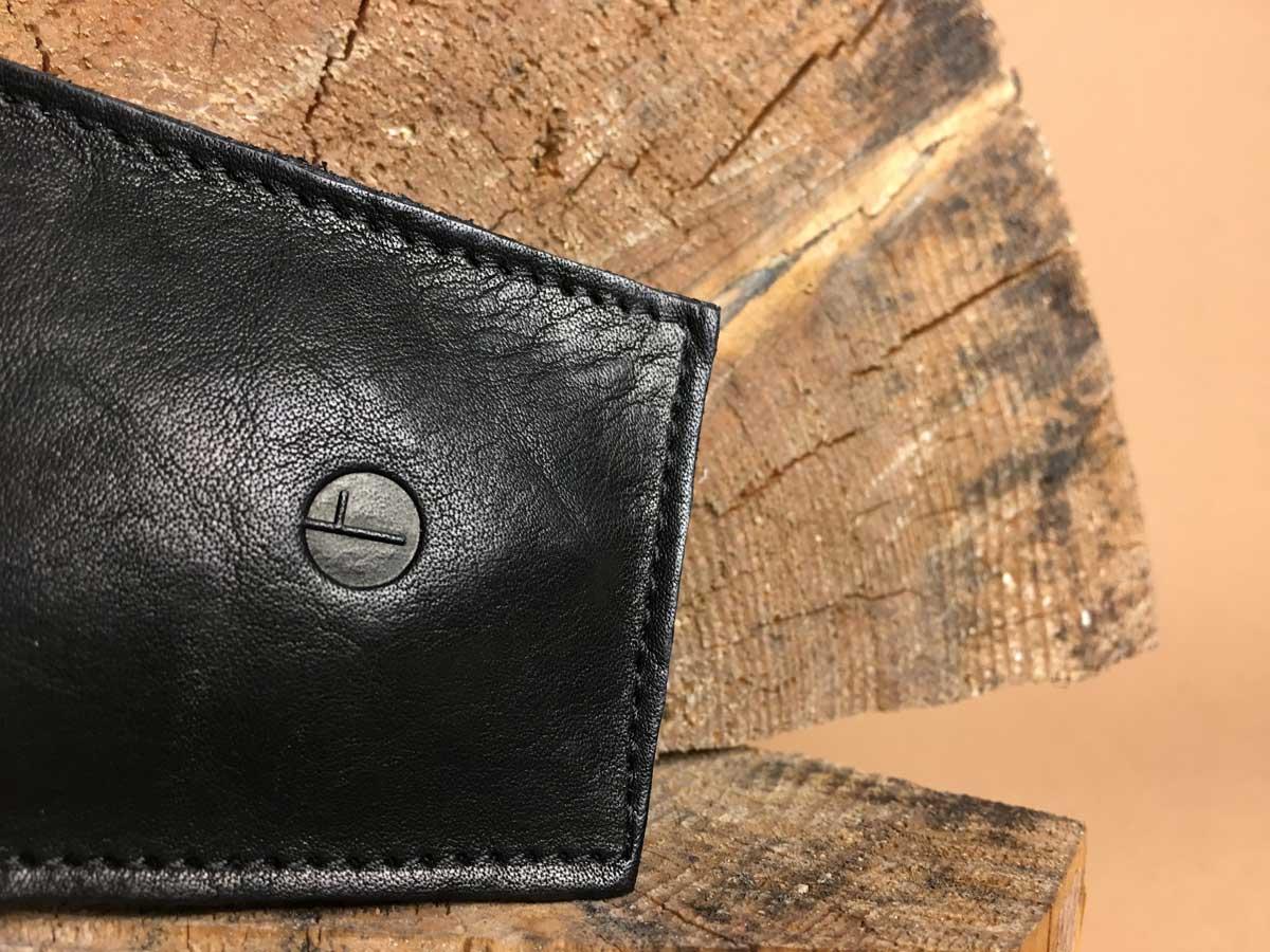 Details of Faulhaber Products EIR key bag in black vegetal tanned leather