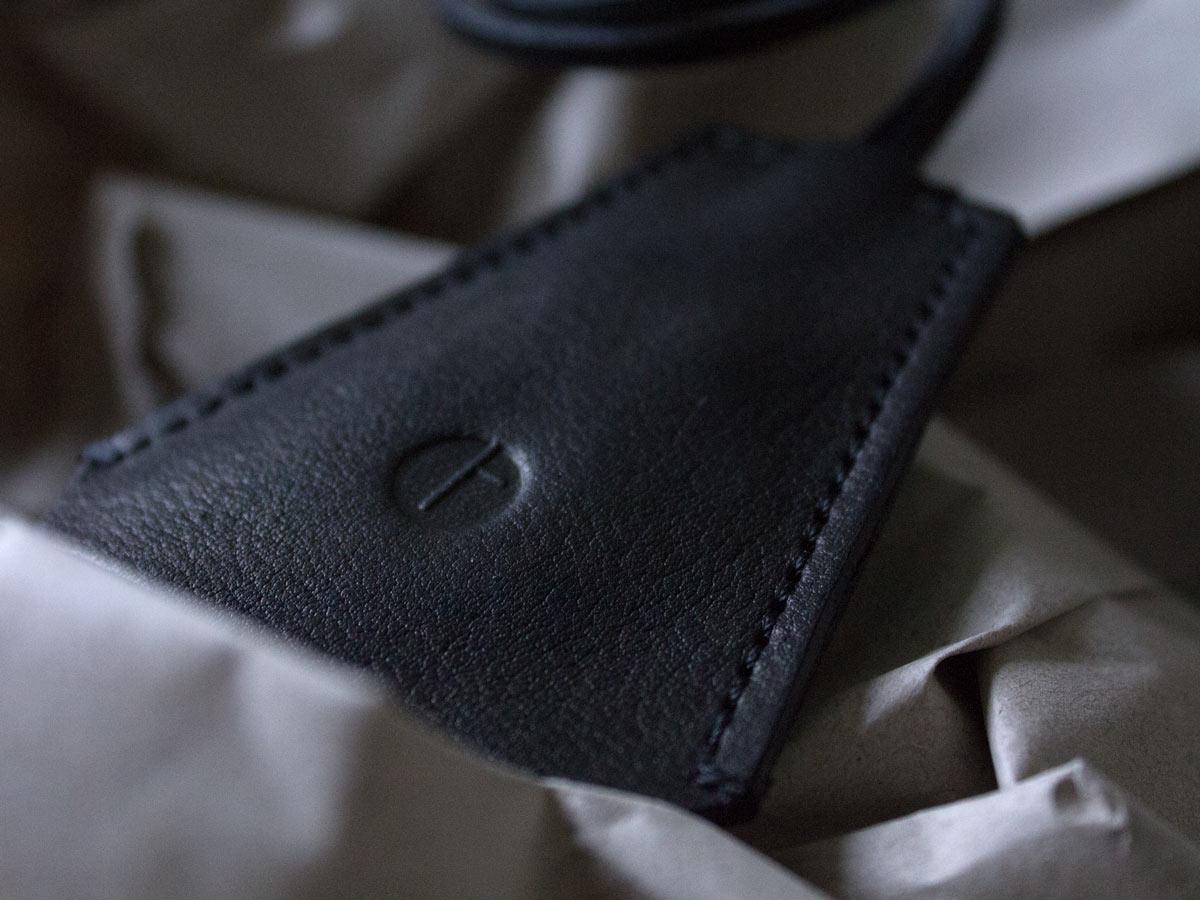 Handcrafted details of Faulhaber Products HEL key holder in black vegetal tanned leather