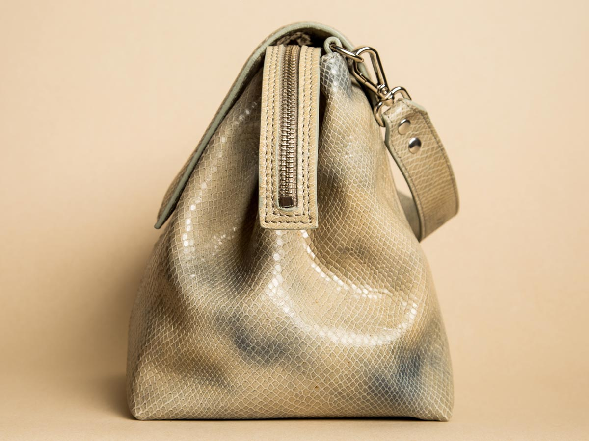 Zip details of Faulhaber Products ROTA handbag in special fake snake leather