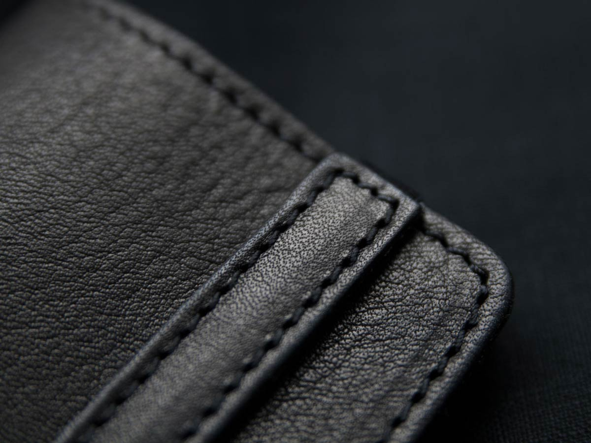Handcraft of Faulhaber Products SIGYN wallet in black vegetal tanned leather