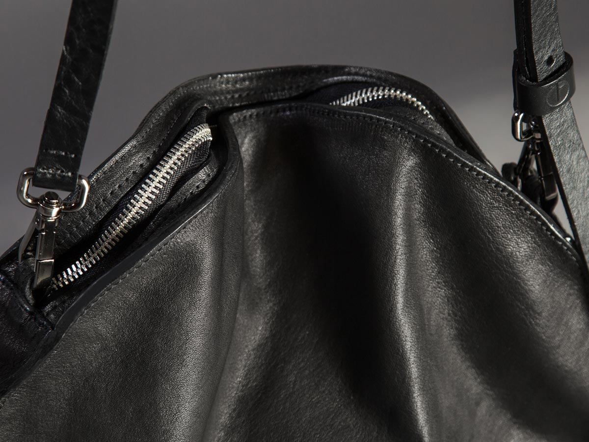 Faulhaber Products VE smooth handbag in black shiny vegetal tanned leather