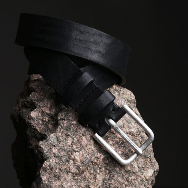 Faulhaber Products BIL belt in black vegetal tanned leather