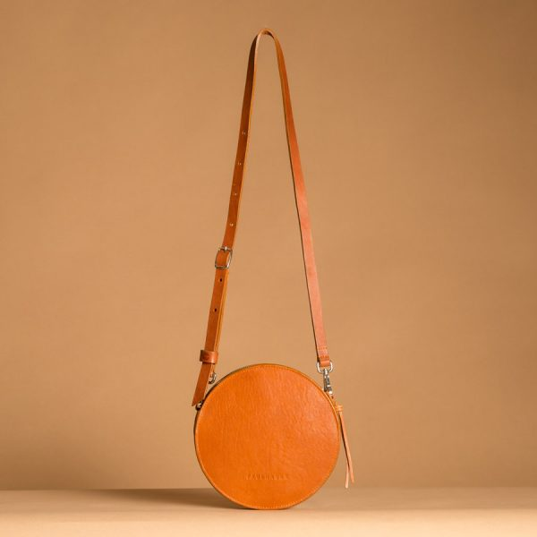 Faulhaber Products front view of VE handbag in cognac vegetal tanned leather